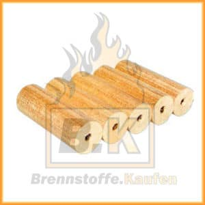 Holzbriketts hell mit Loch